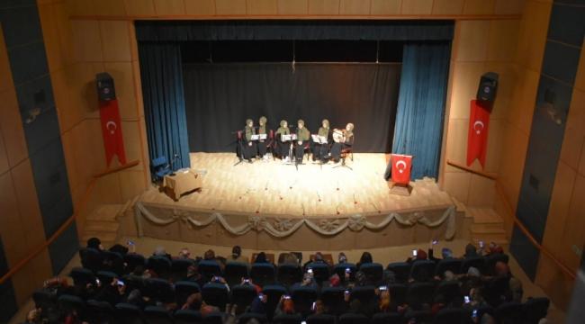 Tatvan'da Kadınlar Gününe Özel Program Düzenlendi