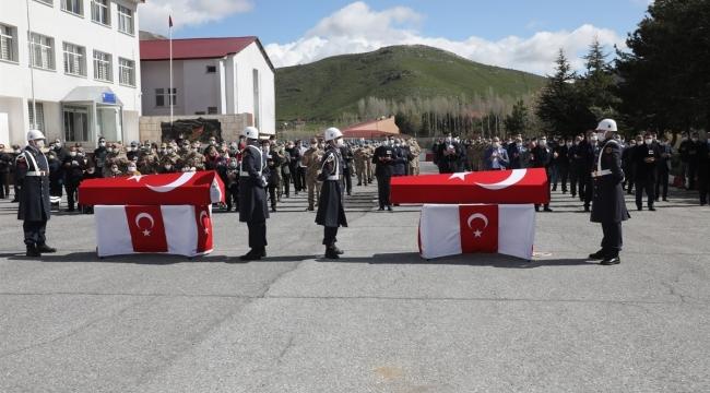 Bitlis'te Çıkan Çatışmada Şehit Olan Askerler Memleketlerine Uğurlandı