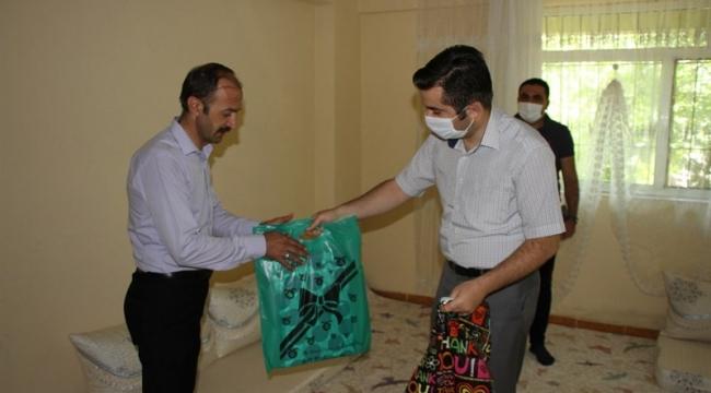 Hizan Kaymakamından Şehit Ailelerine Bayram Ziyareti