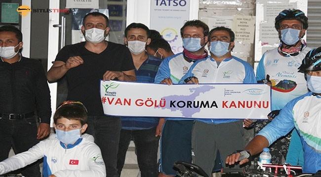 Aktivistler Van Gölü İçin Van'dan Ankara'ya Pedal Çevirecek