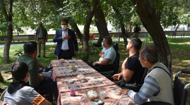 Başkan Geylani, Engelli Bireylerle Bir Araya Geldi