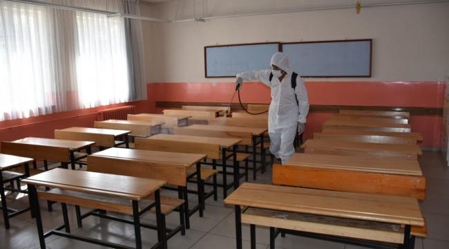 Tatvan'da Okullar Dezenfekte Edildi
