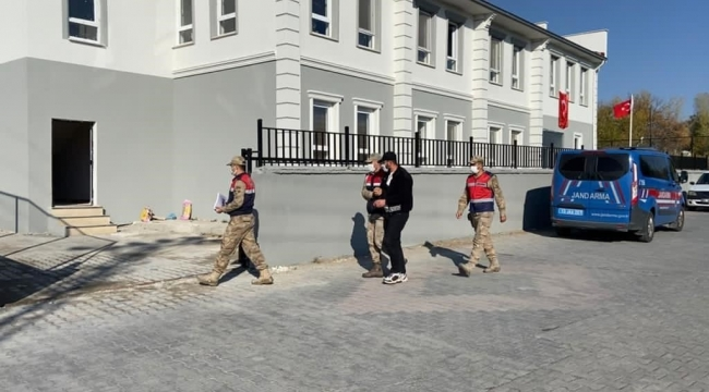 Adilcevaz'da 53 Düzensiz Göçmen Yakalandı