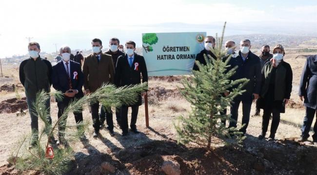 Ahlat'ta Öğretmenler Hatıra Ormanı Oluşturuldu