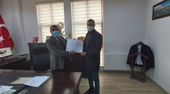 """Adilcevaz'da 28 Okula """"Okulum Temiz Belgesi"""" Verildi"""