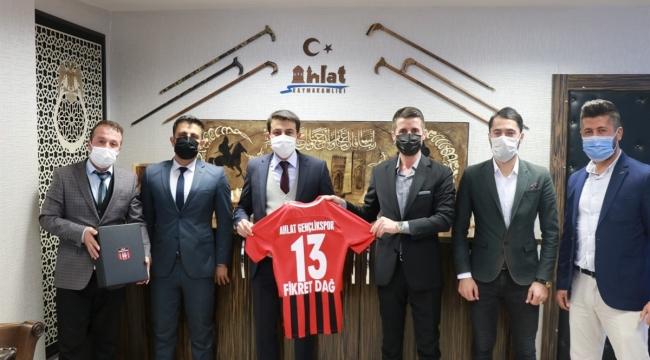 Ahlat Gençlik Spor Kulübünden Kaymakam Dağ' A Ziyaret