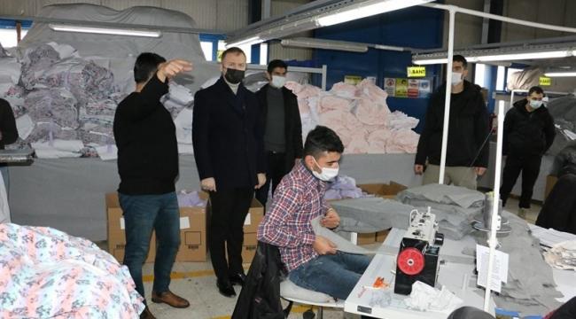 Hizan Kaymakamı Yelek, Tekstil Atölyesini Ziyaret Etti