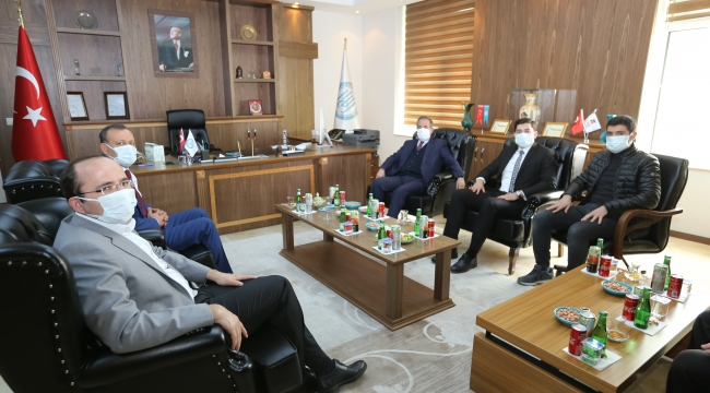 Adilcevaz Heyetinden Rektör Necmettin Elmastaş'a Ziyaret