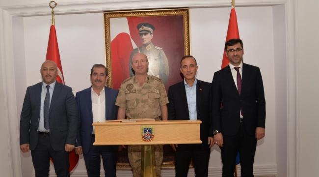 Bitlis'te Jandarma İl Komutanı Değişti