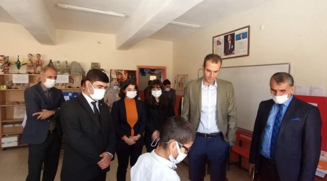Adilcevaz Köy Okulunda TÜBİTAK 4006 Bilim Fuarı Açılışı